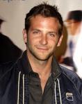 Bradley Cooper: Mi-am pierdut virginitatea abia la 17 ani