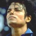 Ipoteza soc: Michael Jackson s-a sinucis cu propofol