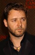 Russell Crowe va avea scenarist de Oscar