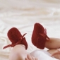 Cum sa tricotam in relief o pereche de sosete si de manusi  pentru copilul nostru