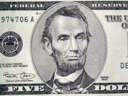 Mesajele transmise de bani