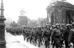 Ocupatia militara sovietica din 1944