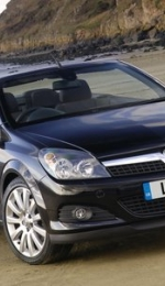 Opel Tigra Twin Top - decapotabila anului 2004