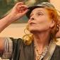 Vivienne Westwood stie cum sa le imbrace inconfundabil pe vedete